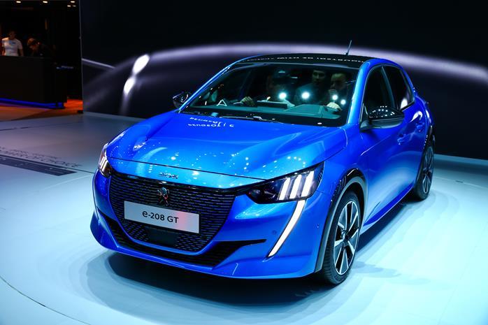 Peugeot e-208 electric car