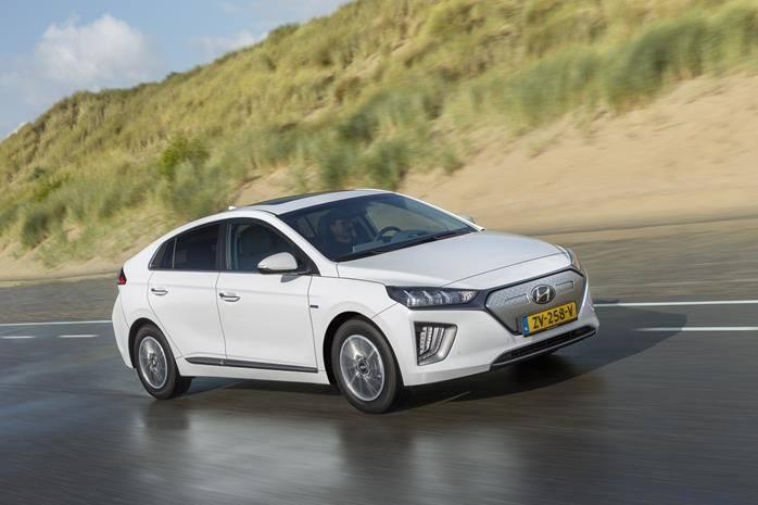 Hyundai Ioniq electric polar white