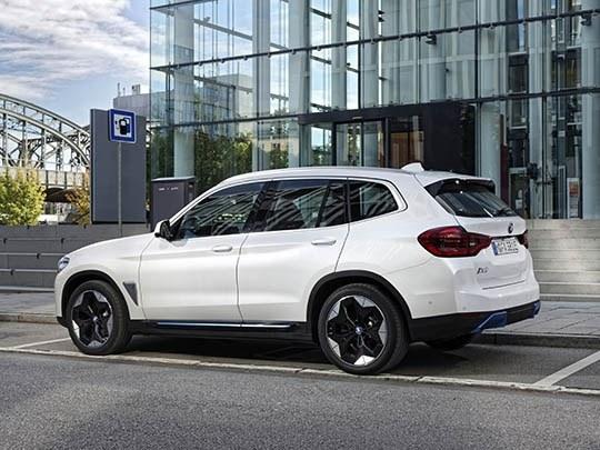 BMW iX3 side shot