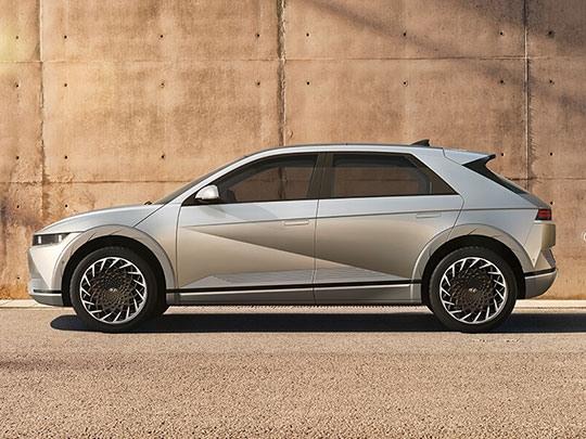 Hyundai Ioniq 5 side shot