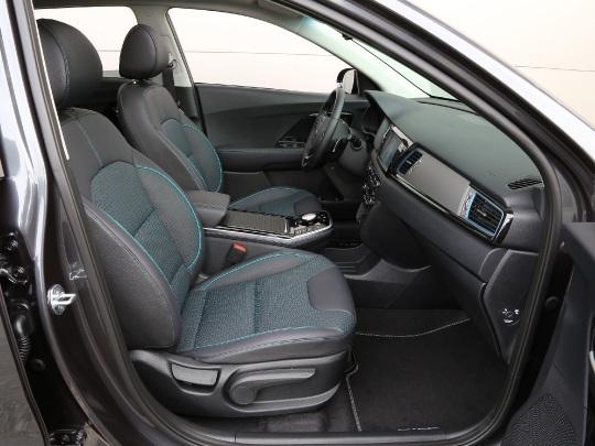 Kia e-Niro 64kWh interior view seating dashboard