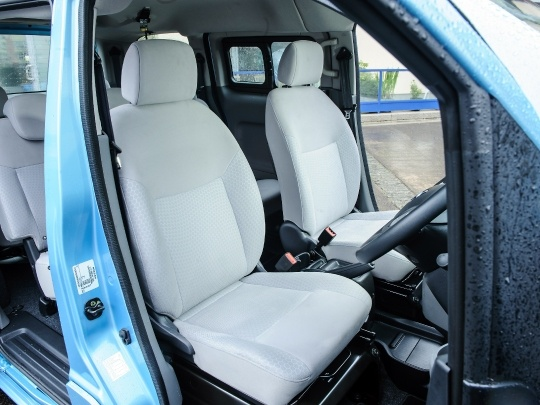 Nissan e-NV200 interior view rear cabin seating