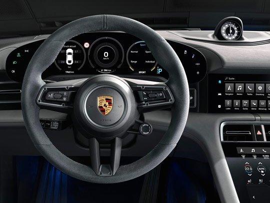 Porsche Taycan interior console