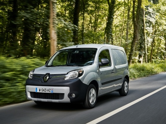 Renault Kangoo ZE front view on road