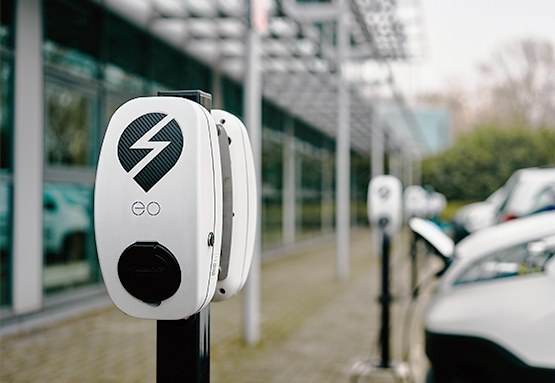 EO Genius electric vehicle charge point outside office building