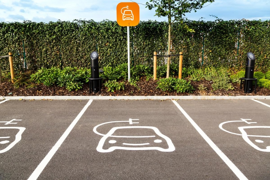 electric car free parking