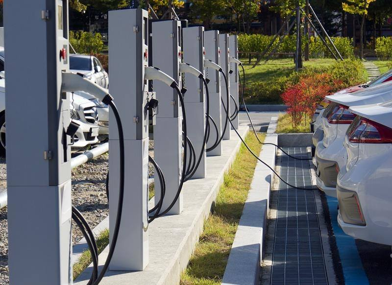 Electric vehicle workplace charging stations