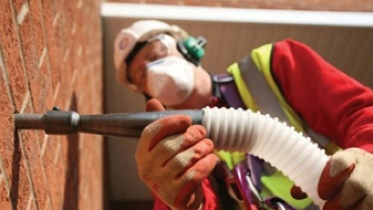 Cavity wall insulation - Installing cavity wall insulation