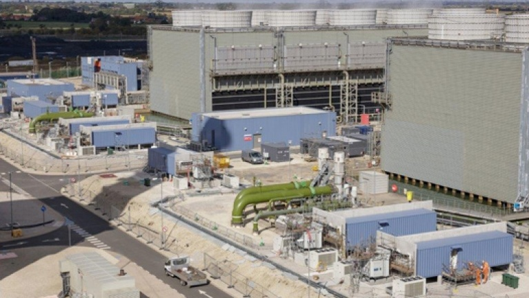 West Burton: EDF Group's 49 MW mega-battery helps to balance the electricity grid in the United Kingdom.