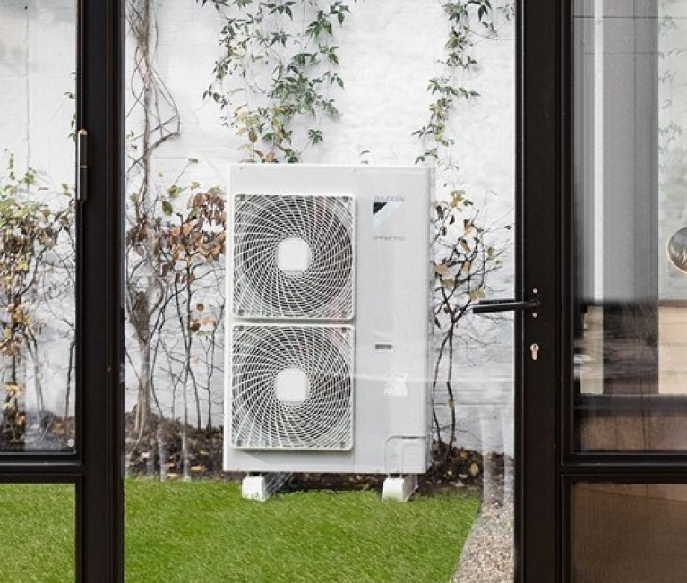 Air source heat pumps available with the Renewable Heat Incentive