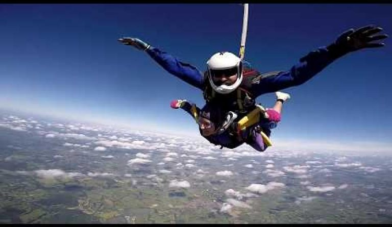 Watch video: Skydive for Breast Cancer Now